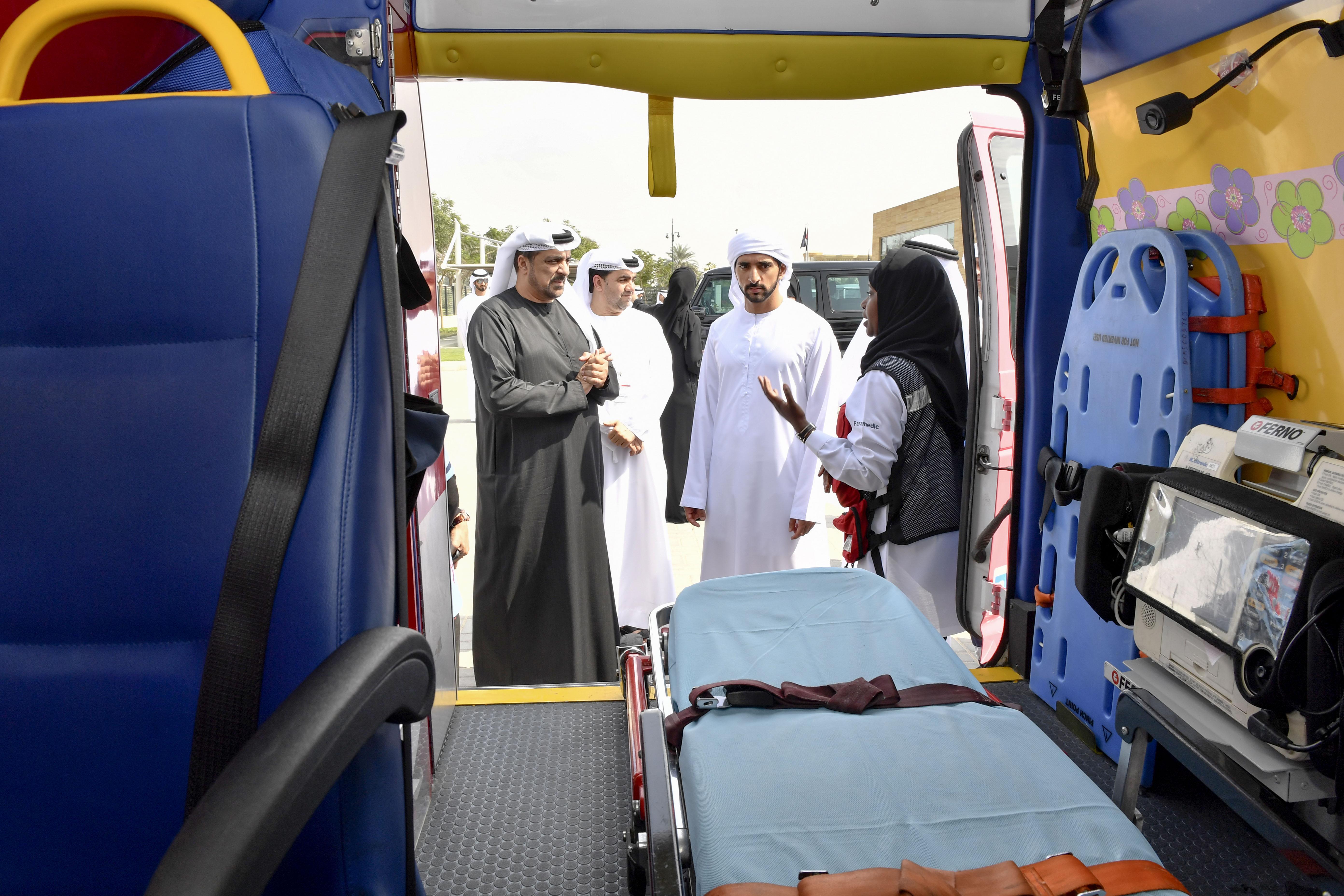 حمدان بن محمد يدشن مركز زعبيل الصحي