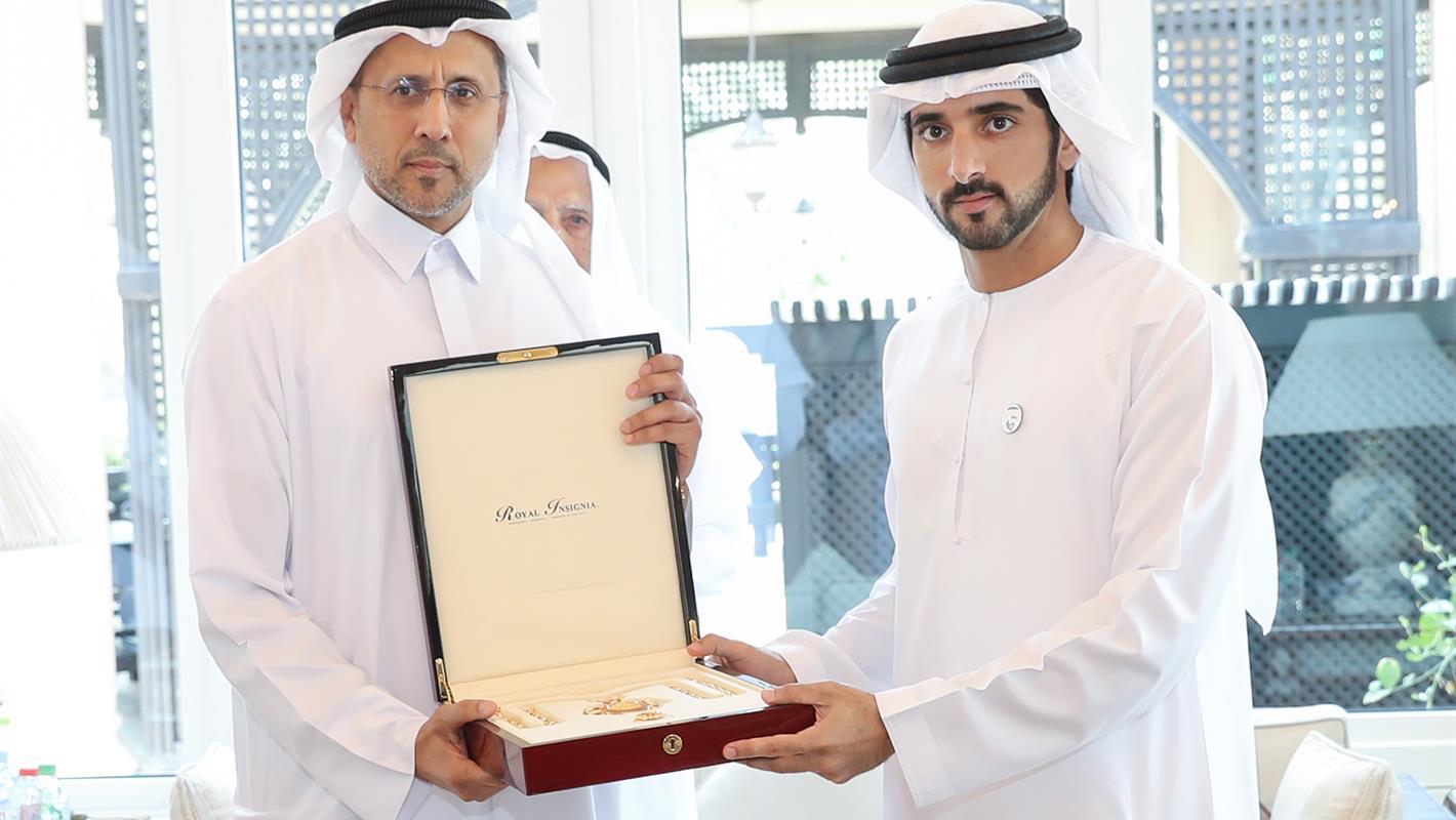 حمدان بن محمد يكرم الفائزين بجائزة دبي التقديرية لخدمة المجتمع
