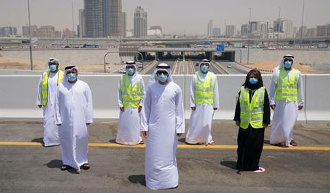 حمدان بن محمد يتفقّد العمل في مشروع تطوير طريق دبي-العين بتكلفة إجمالية قدرها ملياري درهم