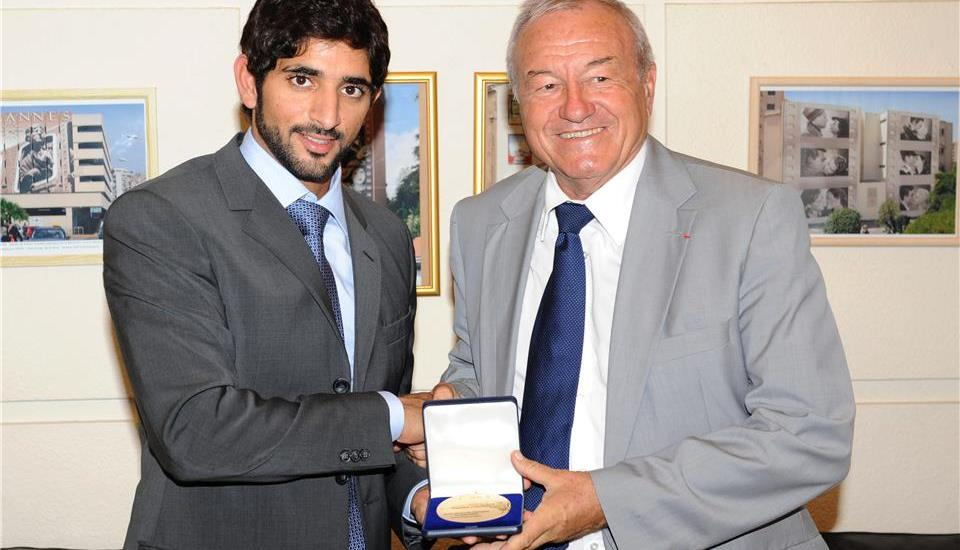 Hamdan receives Cannes Award for Education