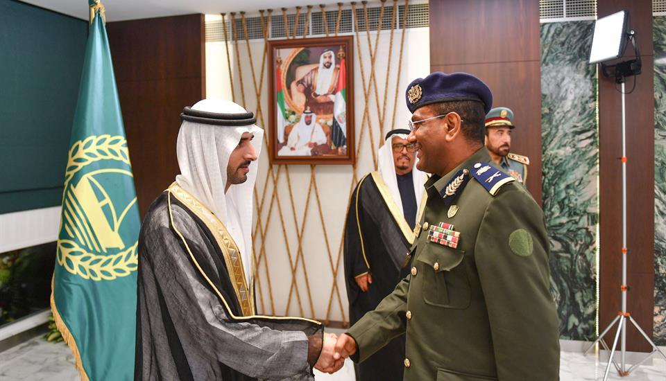ولي عهد دبي يرعى حفل تخريج دفعة جديدة من المرشحين الضباط في أكاديمية شرطة دبي