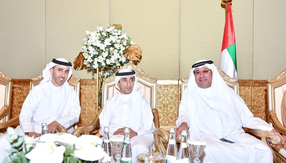 حمدان بن محمد يحضر أفراح بن حمودة والملا