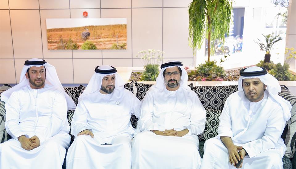 حمدان بن محمد يلتقي قيادات الصف الثاني في حكومة دبي