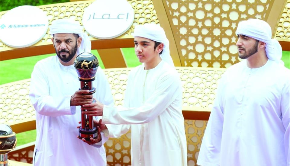 حمدان بن محمد يشهد اليوم السادس من مهرجان المرموم للهجن