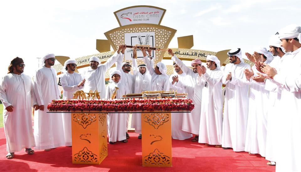 """حمدان بن محمد يشهد فوز """"الشايبة"""" بسيف الإمارات لأبناء القبائل"""