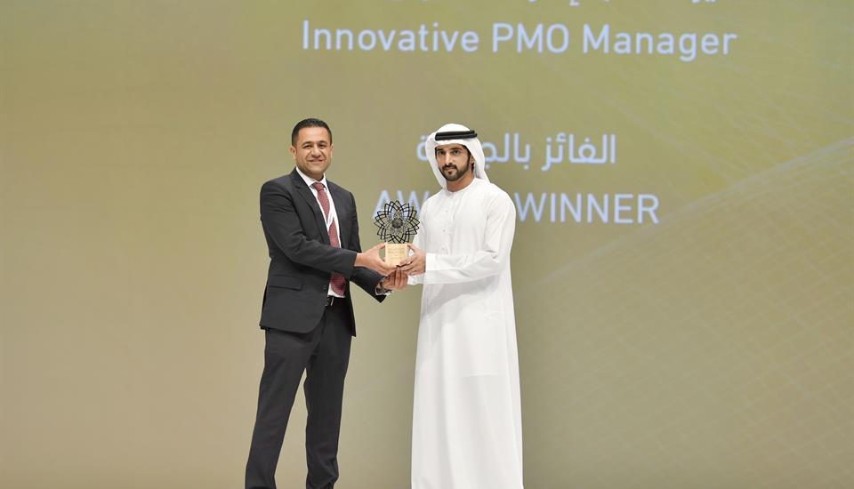 ولي عهد دبي يكرّم الفائزين بجائزة حمدان بن محمد للابتكار في إدارة المشاريع