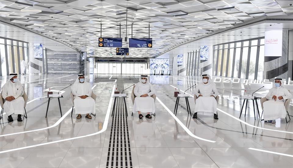 """حمدان بن محمد يترأس اجتماع المجلس التنفيذي في محطة مترو """"إكسبو"""""""