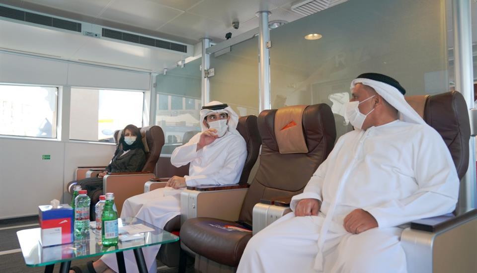 حمدان بن محمد يتفقّد سير العمل في مشروع محور الشندغة