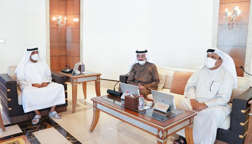 حمدان بن محمد يرأس اجتماع المجلس التنفيذي بند الشبا ويعتمد أجندته لعام 2021